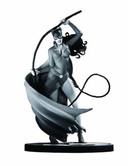 Batman Black and White Statue: Catwoman by Steve Rude