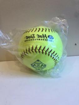 Worth  ProTac Hot Dot  12 in. Softball
